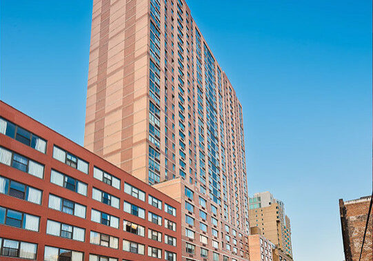 520 West 43rd Street_retail & residential